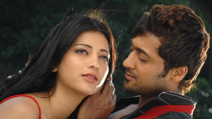 Shruti Haasan And Surya Romantic Photoshoot – 7aum Arivu Movie